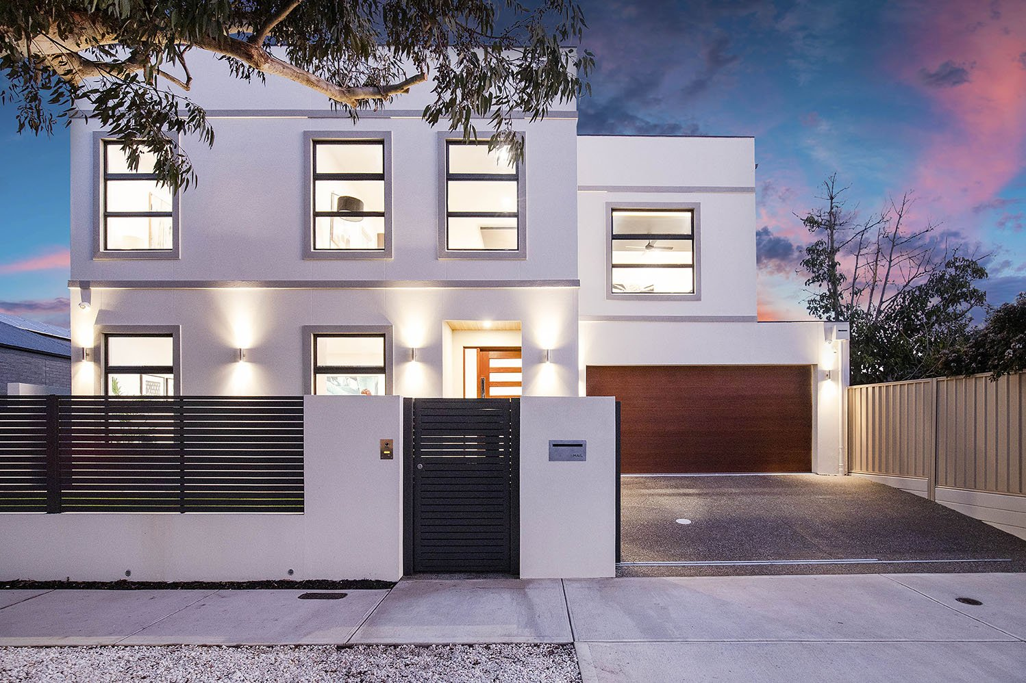 White Modern House - Solectric Australia Residential Projects
